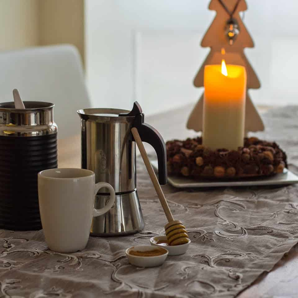 Advent | Adventgeheimnis | Blogevent |Weihnachtskekse | Punsch | Adventkranz | Red Cappuccino | Cappuccino