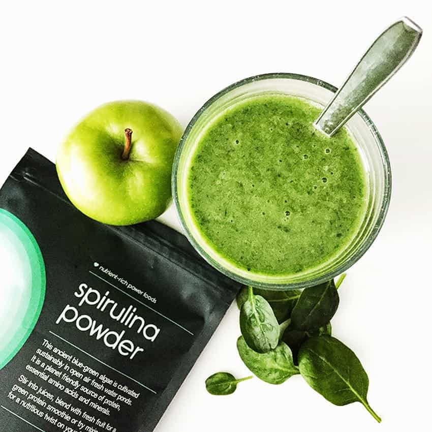 Rezept | Green Smoothie | Power Smoothie | Apfel | Banane | Avoado | Spinat | Spirulina | Zitrone |