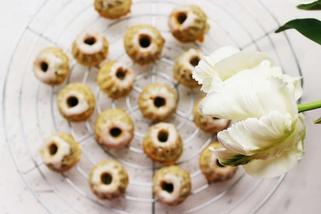 Rezept | Mohngugel | Minigugel | Mohn | Minigugelhupf | backen | Mitbringsel | süß