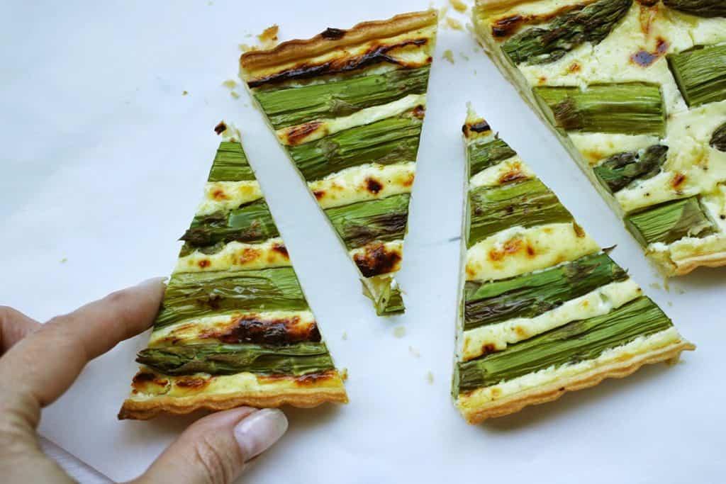 Spargel | Tart | Spargeltart | Ziegenfrischkäse | Mozzarella | Emmentaler | Tonkabohne| soap|kitchen|style