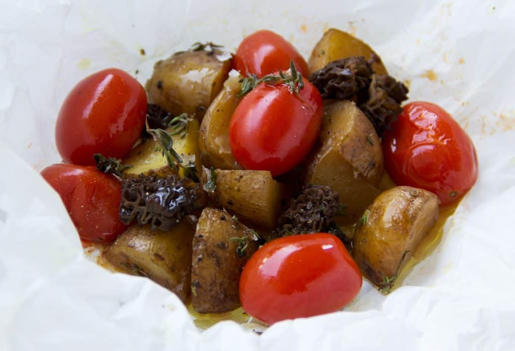 Tomaten | Erdäpfel | Päckchen | Grillen | Grillbeilage | Morcheln | Ofenkartoffeln |soap|kitchen|style | foodblog |