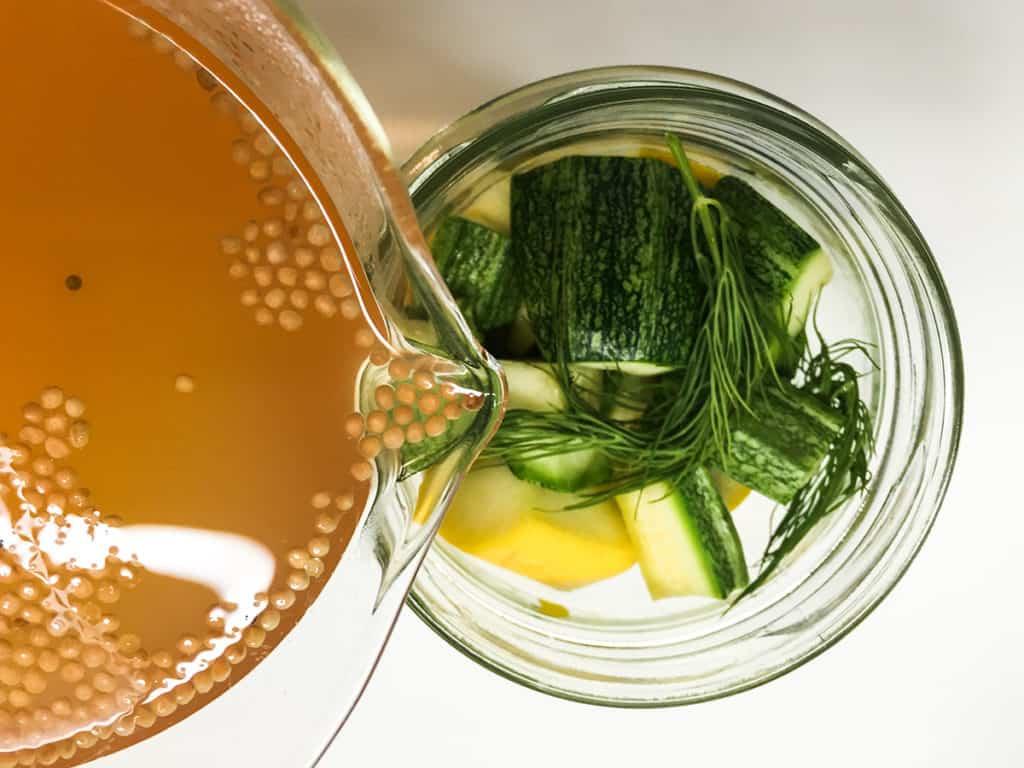 Zucchini | eingelgte Zucchini | Rezept | Eingelgte Zucchini im Essig | Gemüse einlegen | Zucchini haltbar machen | SOAP|KITCHEN|STYLE