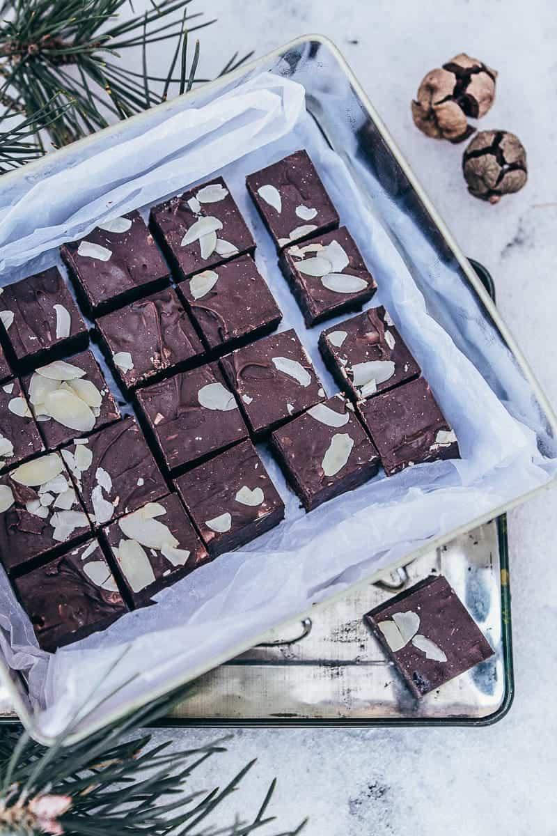 Mandel-Schokoladen-Fudge