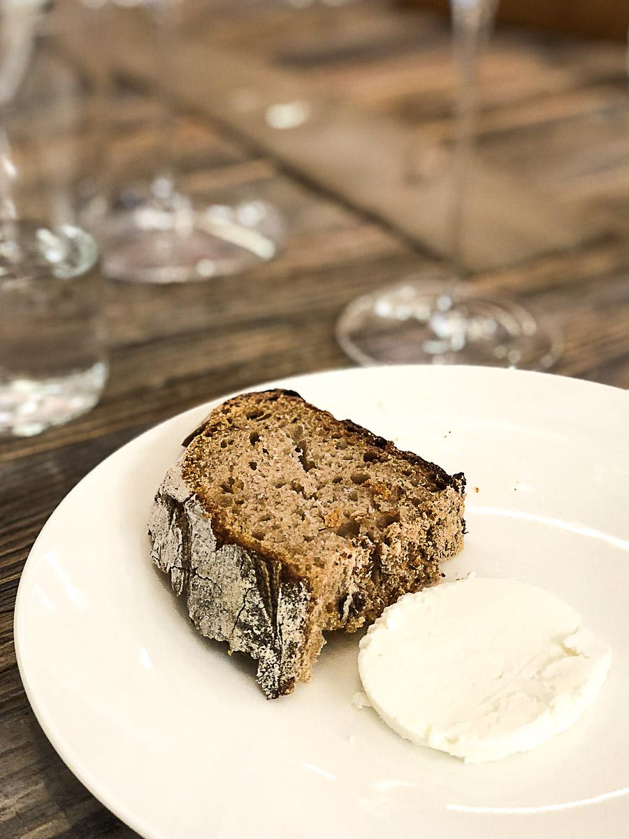 Brot und Frischkäse | Lingenhel Stadtkäserei | SOAP|KITCHEN|STYLE